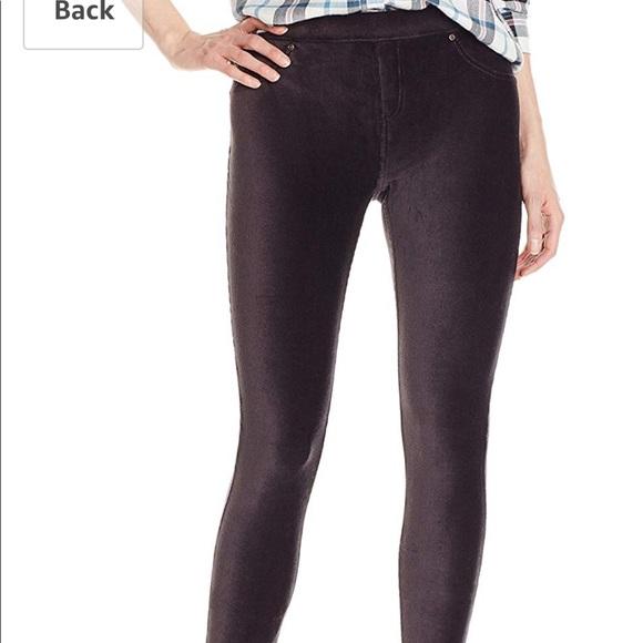 3716157d652b3 HUE Pants | Black Corduroy Leggings | Poshmark